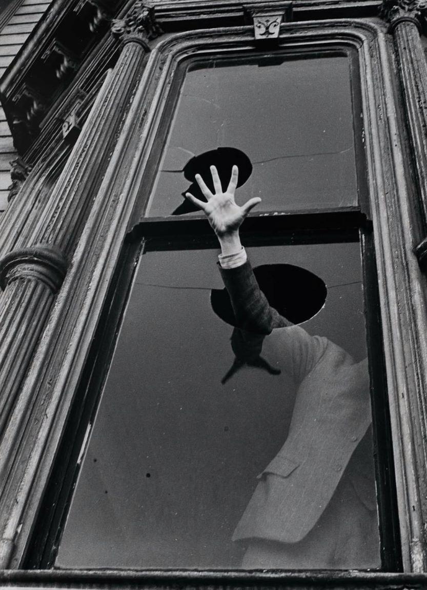 The-Cry-by-John-Gutmann-1939